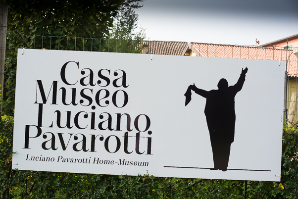 Entrance to Museo Pavarotti